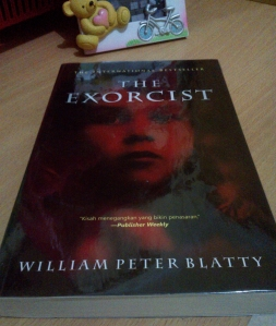 Cover depan The Exorcist