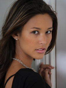 Kaitlyn Leeb as Camille Belcourt
