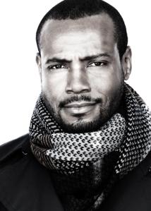 Mustafa_Isaiah_05-scarf-portraits_0270